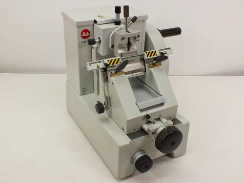 Leitz 1512  Microtome