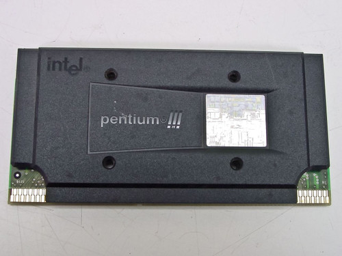 Intel SL3S9   Pentium III 700 MHz Slot 1 CPU Processor