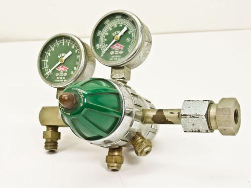 Liquid 5702243  Oxygen Regulator w Gauges 15 lpm 4000 psi