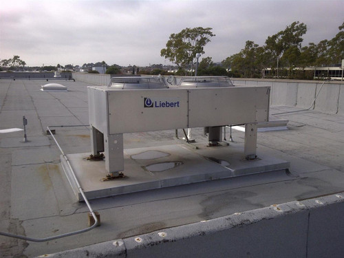 Liebert Deluxe System 3  CRAC Clean Room Air Conditioning System w/Condensers