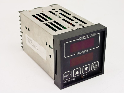 Watlow 942A-2FA1-B000  Digital Process Controller - Series 942