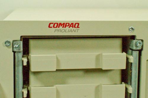 Compaq  Proliant / Series 4000  Rackmount Server P-133 MHz, 5 Bays