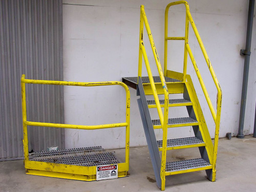 Heavy Duty Industrial  Staircase w/Landing - Dock High
