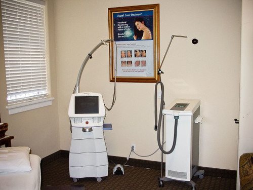 Solta Medical Fraxel SR1500  Re store Laser Skin Rejuvenator with Zimmer Cryo 5