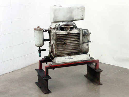 Leybold-Heraeus DK100  Vacuum Pump As Is
