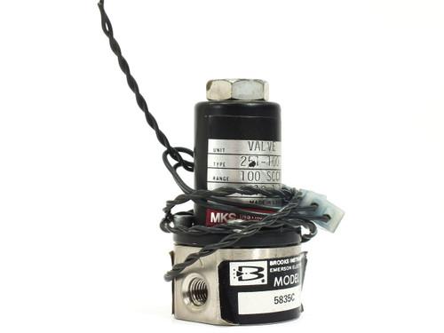 "MKS / Brooks 251-100 100 SCCM N2 5835C Mass Flow Control Valve 1/16"" FNPT"