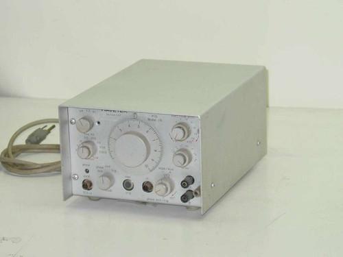 Wavetek MODEL 116  Multi Purpose Voltage Controller Generator - VCG