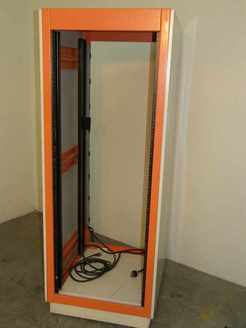 "19"" Rackmount   Chassis Cabinet with Wheels"