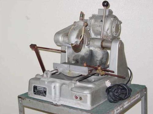 Heathway Machinery Co. Ltd. Wet Cutting Saw  Glass Cutting Machine