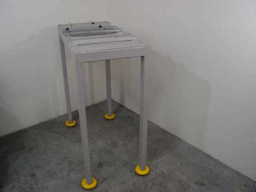 Steel 1.5x2.5  Steel Table with Antivibration Feet