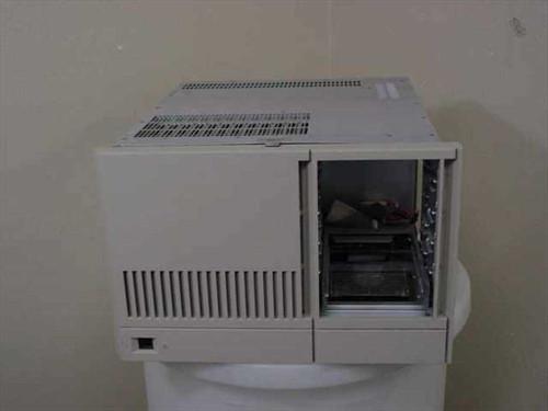 Motorola MVME946  VME Rackmount Chasis with Power Supply