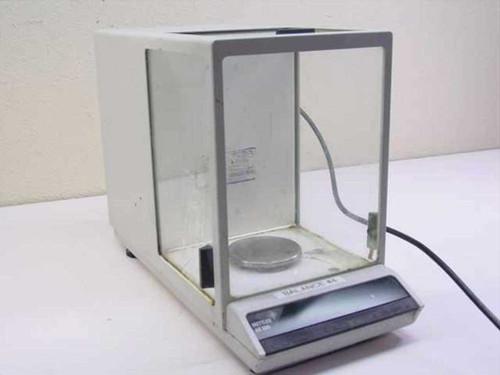 Mettler AE100-s  Digital Gram Scale