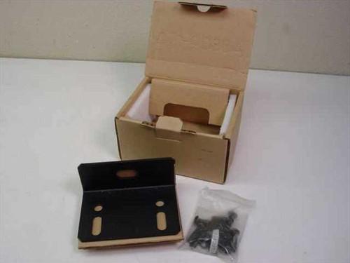 APC AR8112BLK  Netshelter Bolt-down Bracket Kit, Black