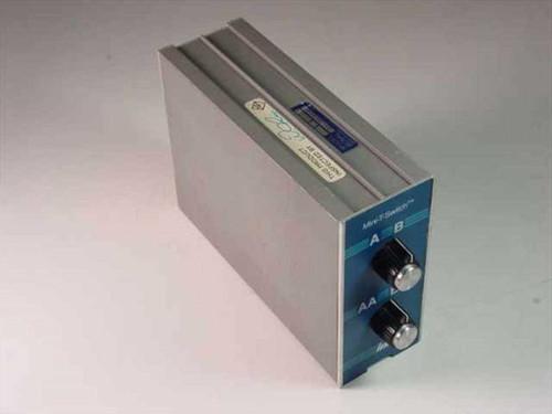 Inmac 11  Mini-T-Switch