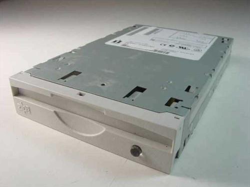 Iomega 30086600  Zip Drive Internal Z100ATAPI - P/N 5500946