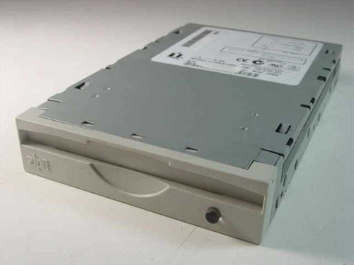 Iomega 02844B03  Zip Drive Internal Z100ATAPI