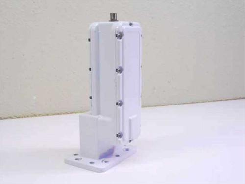 California Amplifier 31846  Low Noise Block Downconverter