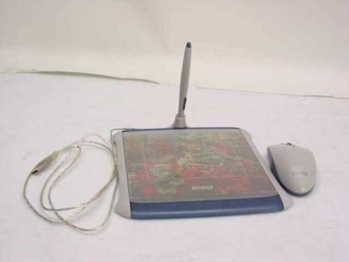 Wacom ET-0405A-U  USB Tablet With pen & Mouse