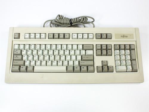Fujitsu FKB4725-501  P/2 Keyboard N860-4725-T501