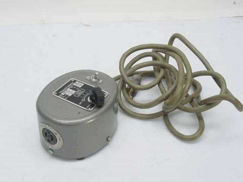 E. Leitz 969-002  Variable Transformer Model 166 115 V 50/60 Hz 4-8