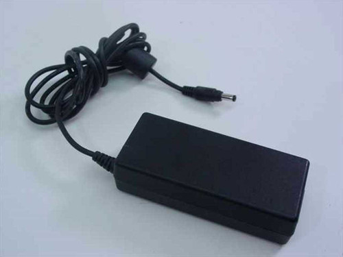 Compaq 163444-001  AC Adapter 18.5VDC 2.7A Barrel Plug
