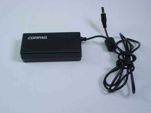Compaq 177626-001  AC Adapter 19VDC 3.16A Barrel Plug