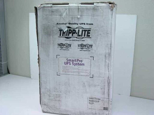 Tripp-Lite SM3207  700 VA Smart 700 RM