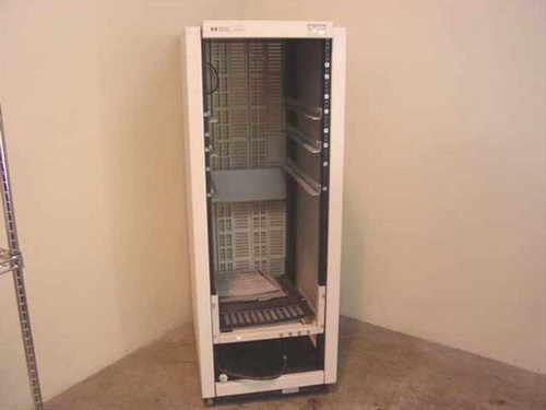 Hewlett Packard Enclosure  32U Rackmount Cabinet - Full Height w/Wheels