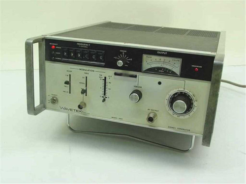 Wavetek 3001   Signal Generator - 1MHz to 520MHz