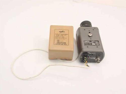 Sanyo VDC 2324A  B/W CCD Surveillance Camera w/Transformer