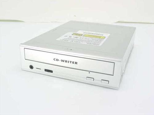 Plextor PX-R820Ti  Plexwriter 8/20 Internal CD-R Drive