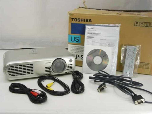 Toshiba TLP-S10  3 LCD Data Projector No Lamp Untested in Box
