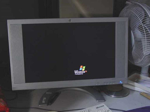 """HP F2105  21"""" LCD Monitor - HP Pavilion Wide Screen"""