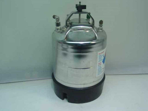 Millipore XX67 00P 10  Dispensing Pressure Vessel