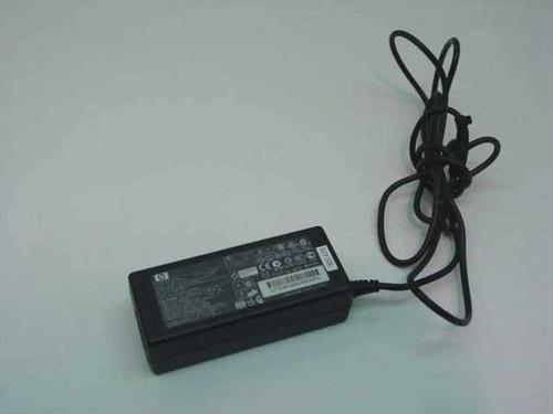 HP 239704-001  AC Adaptor 18.5VDC 3.5A Barrel Plug