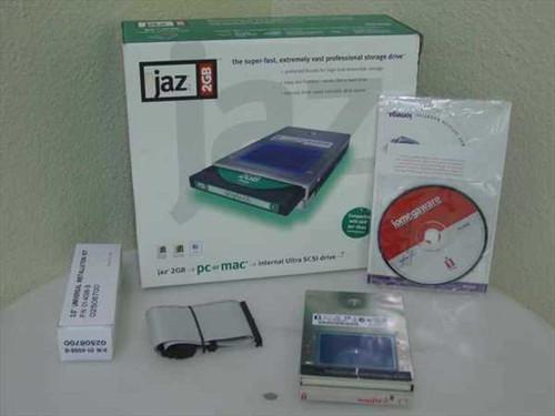 Iomega V2000Si  2GB Jaz Drive Internal SCSI