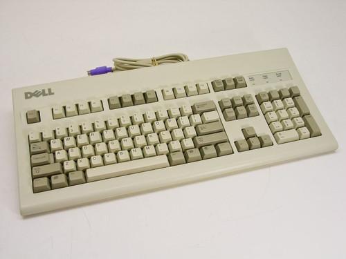 Dell 6780D  PS/2 Keyboard AT101(GYUM90SK) AT101W