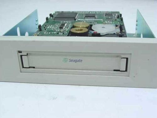 """Seagate STT320000A  3.5"""" IDE Tape Drive in Caddy"""