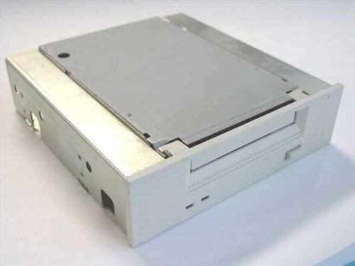 HP C1554A  4/8GB SCSI Internal Tape Drive