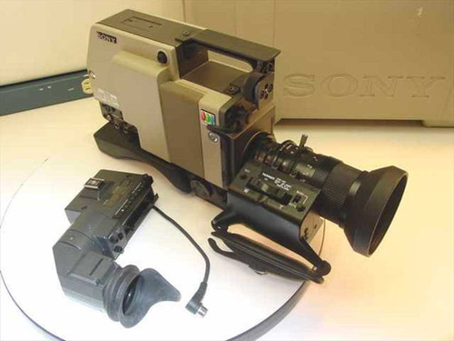 Sony DXC-1820  Trinicon Color Video Camera w/DXF-1820 View Finder