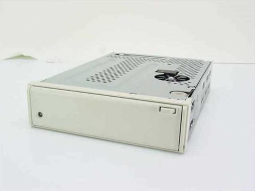 "Tandberg TDC 4220  4.0 GB 5.25"" HH SCSI Internal Tape Drive"