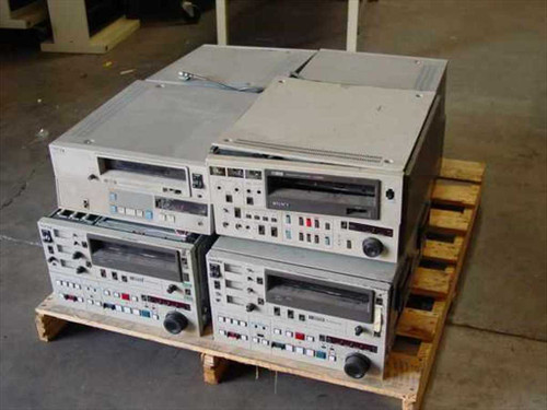 Sony U-Matic   Pallet of Eight Parts Machines