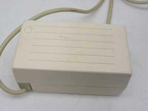 Apple A2M4017  AC Adapter 15VDC 12.A 18W IIc