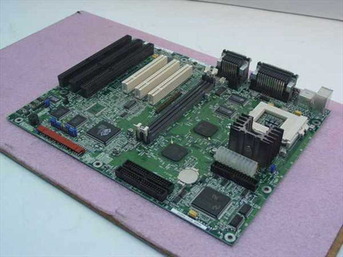Intel AA680905  Socket 7 P200 System Board