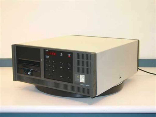 IBM 3174-61R  Coax Communication Controller - Table Top Model