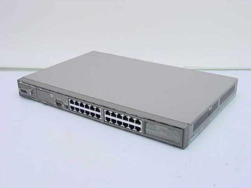 Bay Networks CG1001E02  BayStack 102 24-Port 10 Base-T Hub