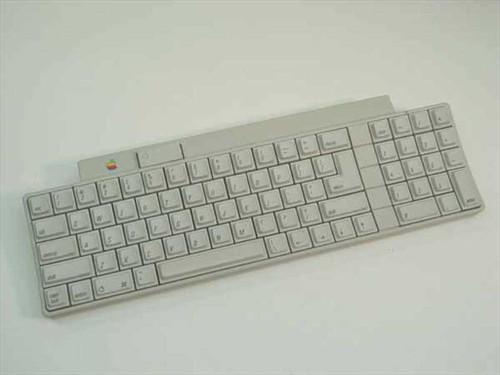 Apple 658-4081  Apple Keyboard