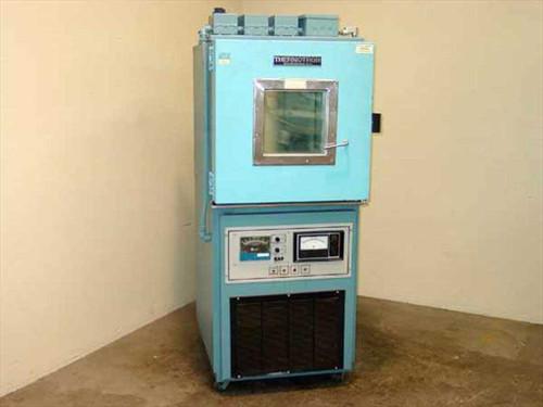 Thermotron Corp. SM-4S  Mini-Max Environmental Chamber w/Humidity