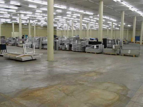 Hayworth Unigroup  120& Pallets of deinstalled Workstations
