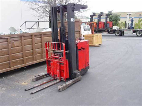 Raymond 20i.DR25TT  Raymond Electric Reach Forklift with Sideshift